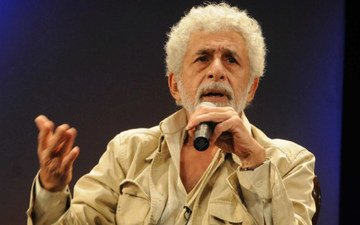 Naseeruddin: Bollywood Actors Behave Like Stars Even On Their Potty Seats