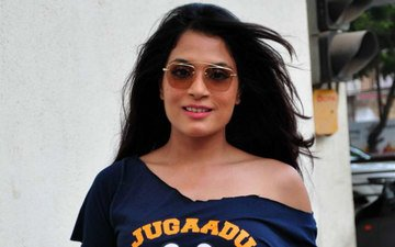 Richa Chadda Falls In Love