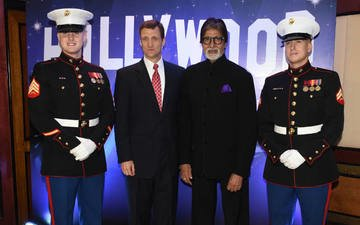 Big B celebrates the 239th Anniversary of US Independence