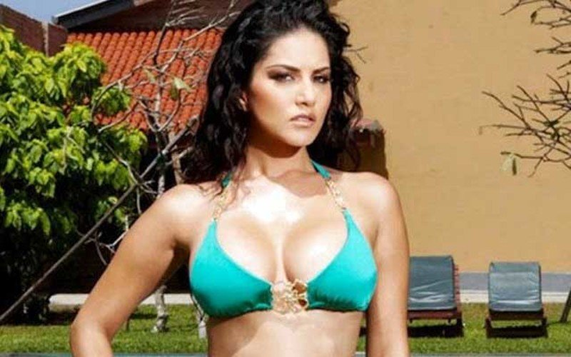 Sunny Leone To Double Up The Sex Quotient Online With An Adult Show