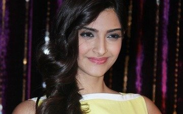 Watch Sonam Sweating It Out!