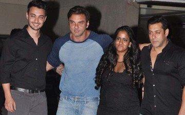 Salman's Big Bash For Sis Arpita