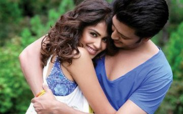 Did You See Riteish's B'day Wish For Genelia?