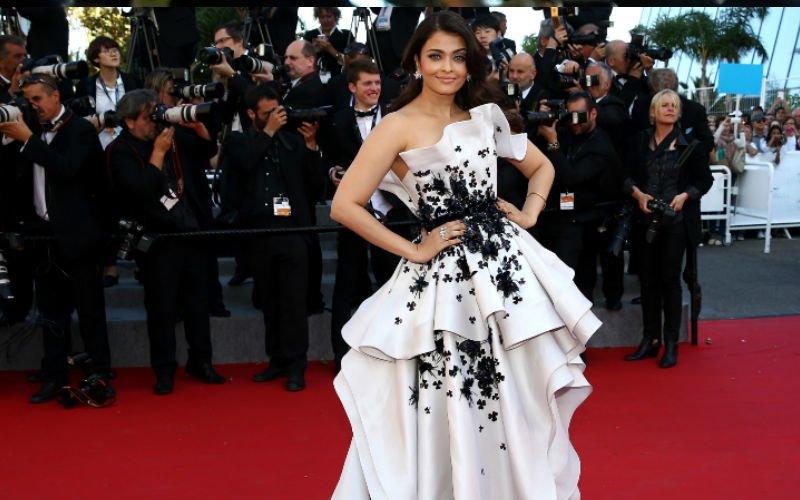 Aishwarya's Comeback Film Premiere In Dubai
