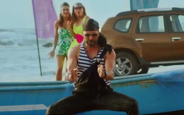 Akshay Kumar Is Back With A New Dance Number