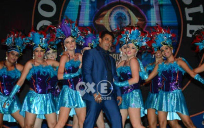 Salman Makes A Splash At Bigg Boss 9 Press Meet