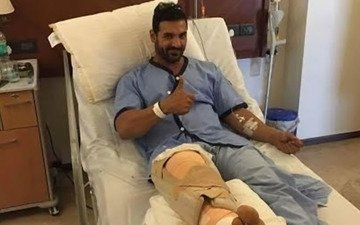 John Abraham Is In Good Spirits Post Knee Surgery