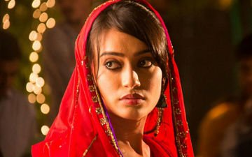 Surbhi Jyoti Lured With Film Offer