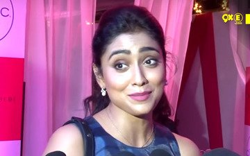 Shriya Saran Is Choosy About Bollywood Films