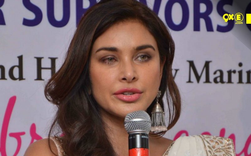 Lisa Ray Speaks About Her Fight With Cancer