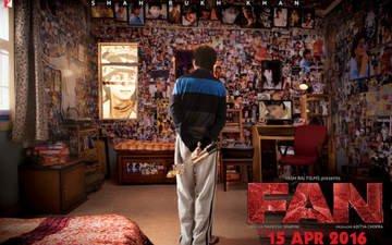 Meet Gaurav aka Shah Rukh Khan In Fan!