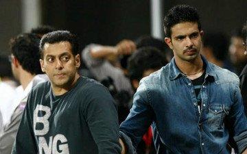 Salman Ready To Launch His Bodyguard Shera's Son