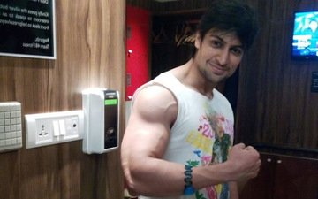 Life Is Good For Shaleen Bhanot Without Wife And Kid!