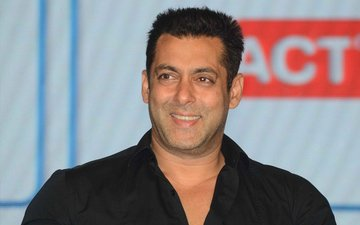 Hit-And-Run-Case-Acquitted Salman Khan Thanks Supporters