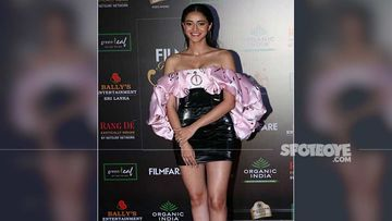 Diet Sabya GIVES UP As Ananya Panday Runs Out Of Style And Wears A Rip Off At Filmfare Glamour And Style Awards