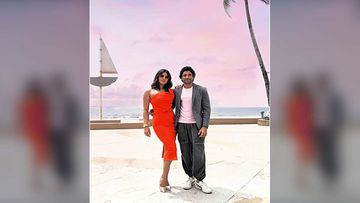 The Sky Is Pink Stars Farhan Akhtar And Priyanka Chopra Invite All To Be A Part Of Their Wall Of Love