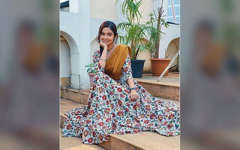 Apna Time Bhi Aayega Actress Anushka Sen Faints On The Sets Of The Show; Passed Out While Getting Her Make-Up Done-Report