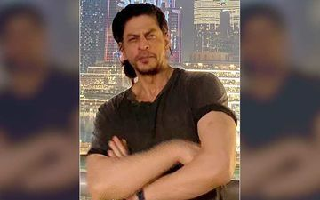 Pathan: Shah Rukh Khan Spotted In The City In His New Look; Gets Clicked By Paparazzi As He Heads Out For A Shoot