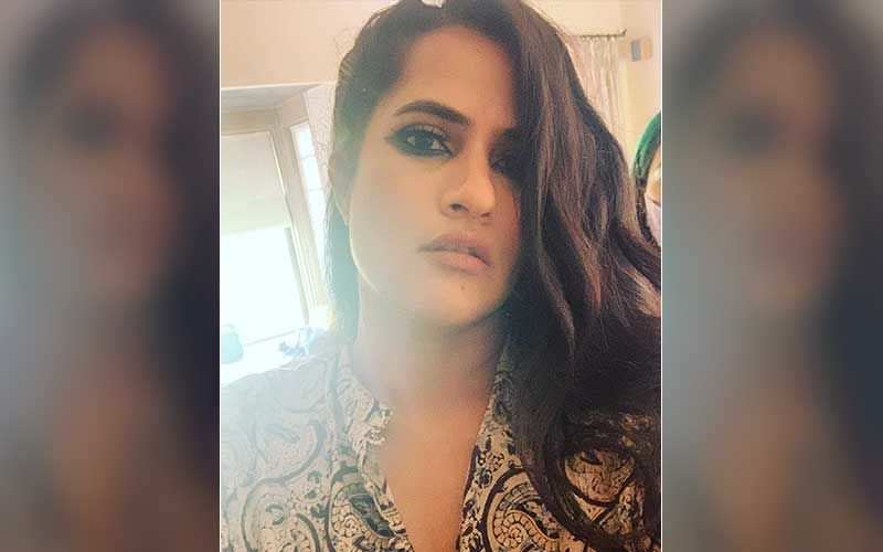Sona Mohapatra Calls Out A MRA Woman Who Accuses Her Of Generalising Men As Rapists; Says 'Unlike Her, I Have Healthy Loving Relationships With Men'