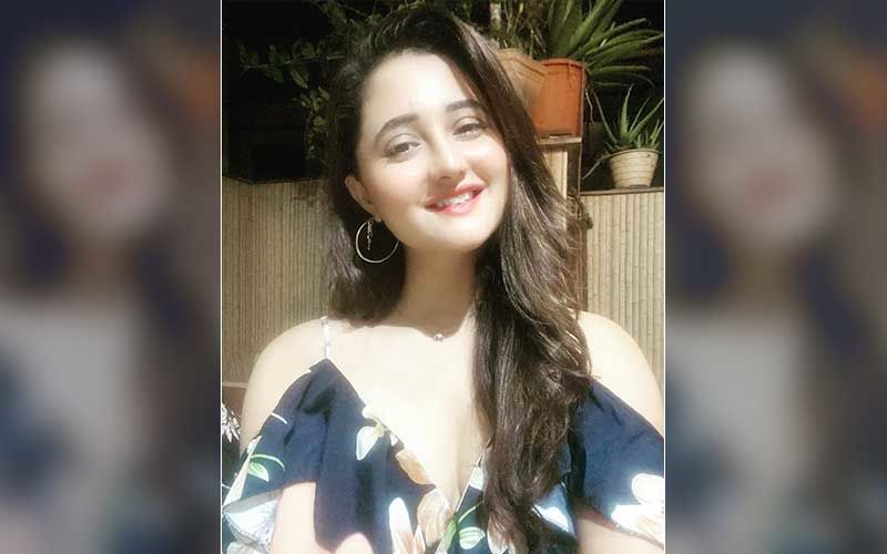 Bigg Boss 13 Fame Rashami Desai Strikes A Hot 'Mirchi' Pose For Her Latest Photoshoot; Looks Feisty As She Tries To Set Screens On Fire-PIC INSIDE