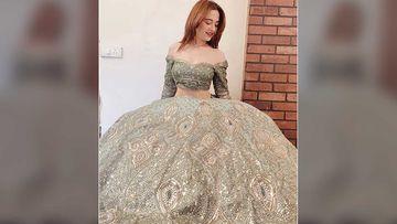 Sanjeeda Shaikh Dresses Up To Impress In A Teal Green Lehenga; Shares An Elegant Pic