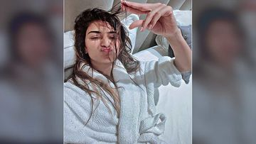 Kasautii Zindagii Kay 2 Actress Erica Fernandes Sends Good Vibes To All Her Fans; Shares A Cosy After Shower Pic