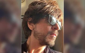Shah Rukh Khan Tells Us Why He Is The KING As He Gives A Savage Reply To A Fan Asking 'When Should Superstars Call It Quits'