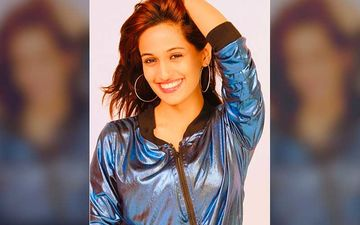Singer Shweta Pandit Delivers Baby Girl Amid Lockdown In Italy; Reveals Daughter Was Born In February