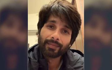 Shahid Kapoor Shares A Pic From Radha Soami Satsang Centre In Delhi; Lauds Govt And Sewadars As They Make A 10 Thousand Bed Facility For Patients