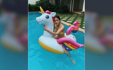 Sara Ali Khan And Her Unicorn Are All Set To Face Any Kind Of Storm; Pens Down A Poem Amid Heavy Rains In Mumbai