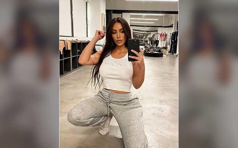 Kim Kardashian Gives Sneak-Peek Of How Her Phone Wallpaper Looks Like; The Display Pic INSIDE Is Too Cute For Words