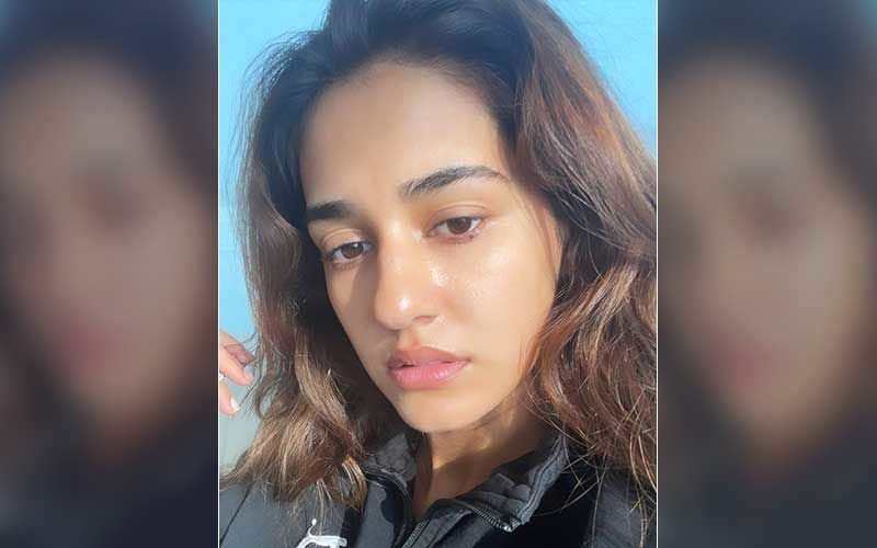 Disha Patani Sans Makeup Compares Herself To 'Bushy Brow Sensei' From Naruto; Shares A Pic Of Might Guy For Those Not Aware