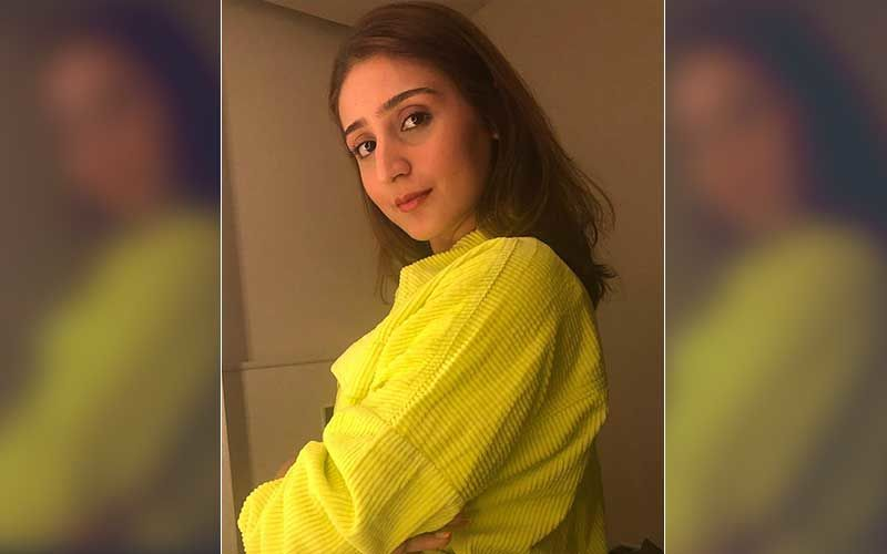 Pop Sensation Dhvani Bhanushali To Perform In A First-Of-Its-Kind Live Concert At A Cinema Hall, Says 'I Don't Want To Miss An Opportunity To Entertain My Fans'