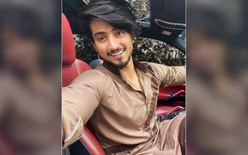 TikTok Star Faisal Shaikh Flaunts His Chiselled Abs In Latest Post; Looks Drool-Worthy As He Shows Off His Well-Toned Body