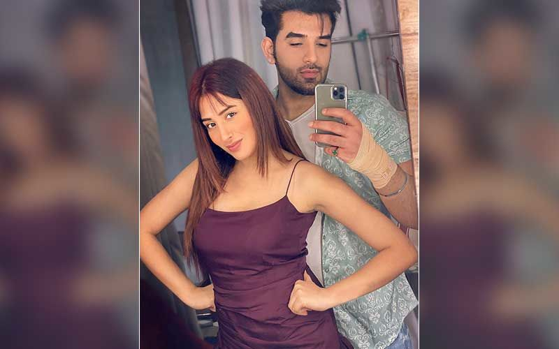 Bigg Boss 13 Fame Mahira Sharma Opens Up On Dating Paras Chhabra: 'If Two People Bond Well, Public Gives Them A Tag'
