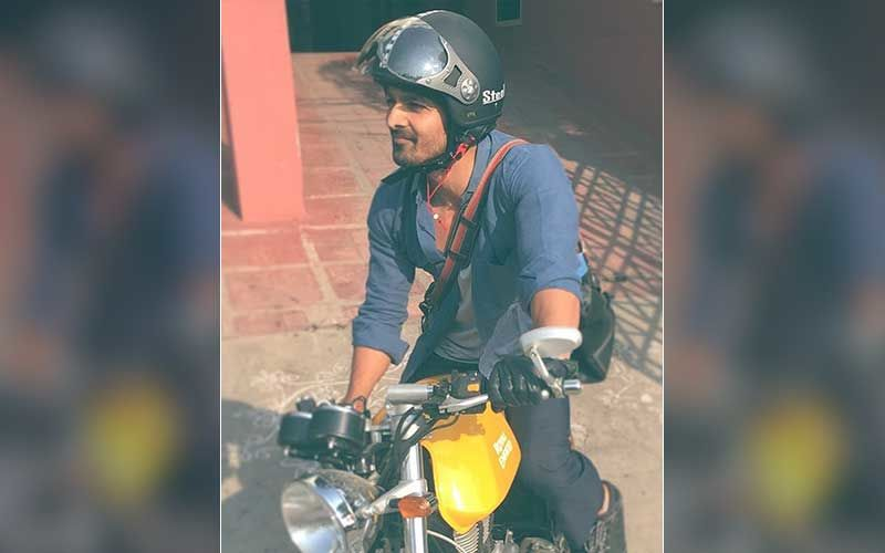 Harshvardhan Rane Gives Away His High-End Bike In Exchange For Oxygen Concentrators Amid COVID-19 Crisis; 'We Together Can Provide To People In Need'