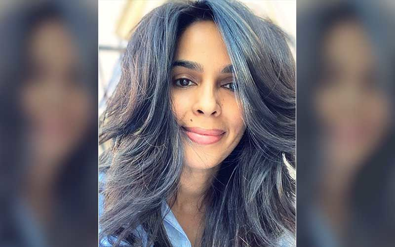 INSIDE Mallika Sherawat's Swanky Los Angeles Mansion: From A Lavish Pool To A Massive Backyard; Actor's Multi-Million Dollar Abode Is Peaceful And Beautiful-WATCH