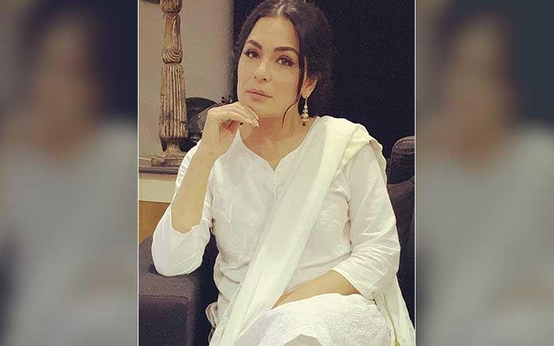 Pakistani Actress Meera Claims 'Land-Grabbers Kidnapped her Mother'; Writes To PM Imran Khan Seeking Immediate Help-REPORT