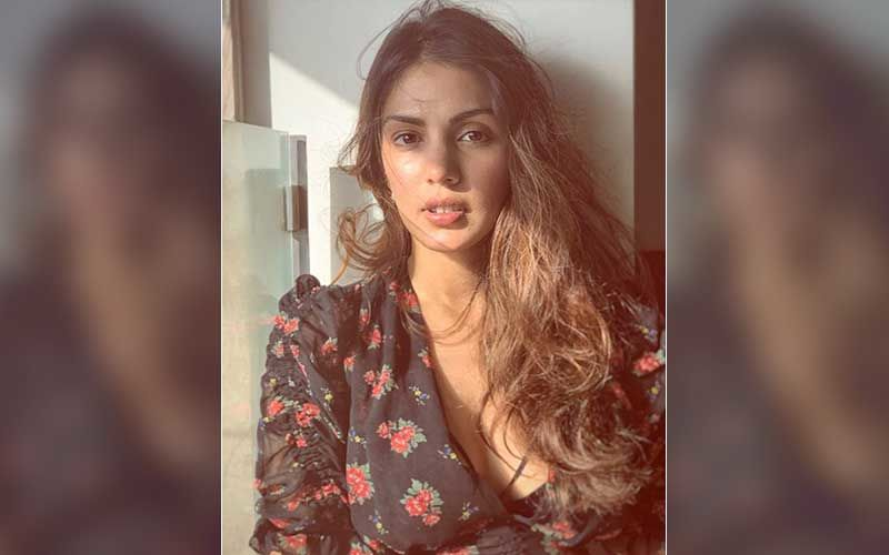 Rhea Chakraborty Posts A Hopeful Message About Surviving 'Hard Days'; Says 'That Is A Beautiful And Brave Thing'