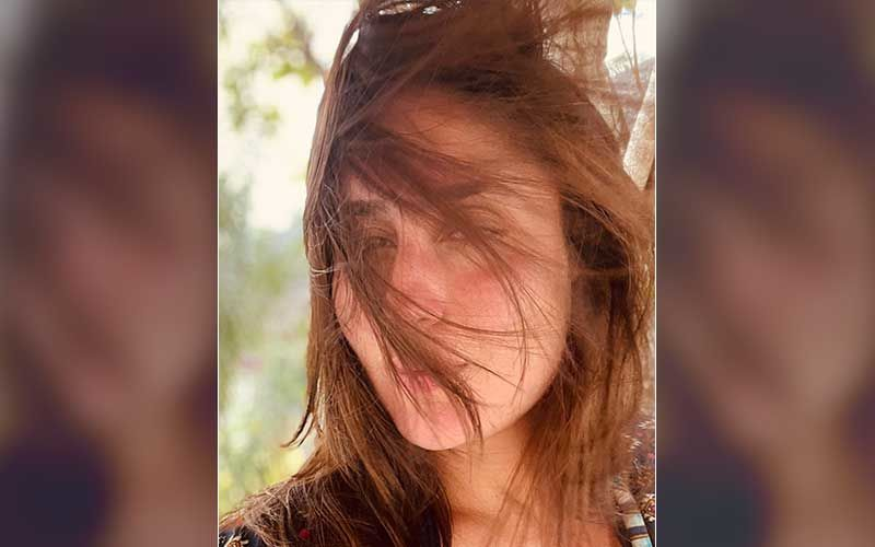 Kareena Kapoor Khan Drops A Blissful Selfie From Her Maldives Vacay; Says 'Gone With The Wind' As She Enjoys The Ocean Breeze