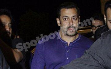Salman Heads To Dubai To Support Brother Sohail