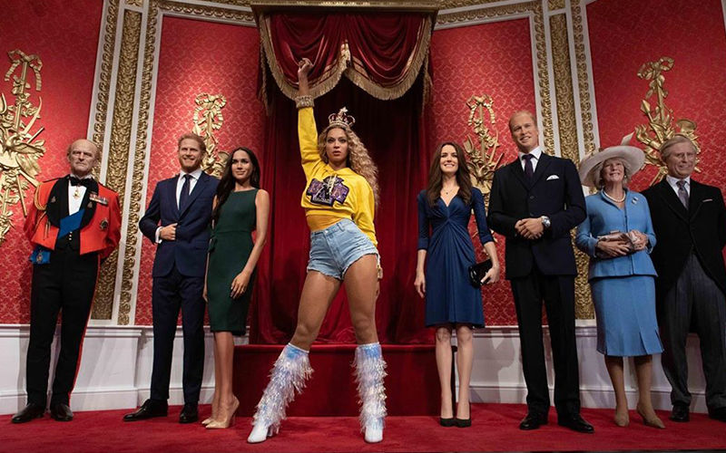 Beyonce's Wax Statue Unveiled At Madame Tussauds London: Replaces Queen Elizabeth II's Statue