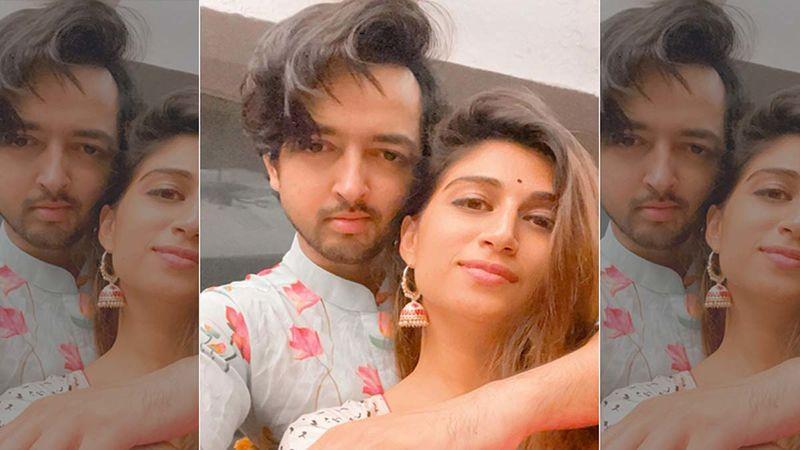Padmini Kolhapure's Son Priyaank Sharma And Karim Morani's Daughter Shaza Morani Opt For A Court Marriage