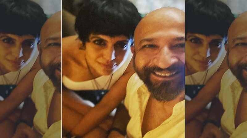 Mandira Bedi Breaks Gender Stereotypes By Carrying Husband Raj Kaushal's Bier; Netizens Call Her 'Empowered Woman Of India'