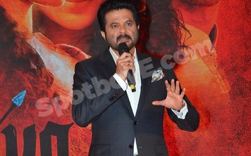 Anil Kapoor Breaks Down During Mirzya Song Launch