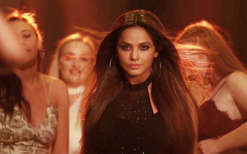 Decoding Neetu Chandra's Style File In Her Latest Single Titled Ishqa