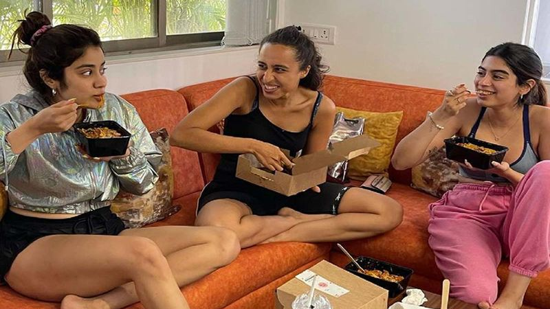 Khushi and Janhvi Kapoor Savour A Cheat Meal, Actress Feels Trainer's Caption Is A 'Taunt'