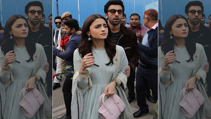 After Vacation, Ranbir Kapoor And Alia Bhatt Along With Neetu Kapoor Made A Quick Visit To Their New House To Check On The Construction Progress