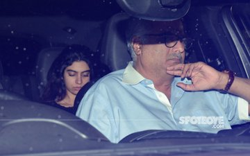 Khushi Watches Rani Mukerji's Hichki With Daddy Boney Kapoor