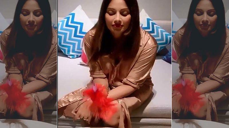 Birthday Girl Bipasha Basu Croons B'Day Song For Herself As She Clocks 41 - Video HERE